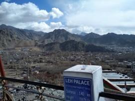 Indicator towards Leh Palace