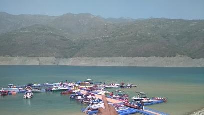 Tehri Dam Lake has excellent water sports activities